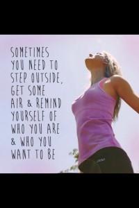 Khloe-Kardashian-Midweek-Fitness-Inspiration-1-580x870